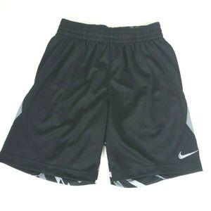 Nike Big Boys Avalanche Shorts Black Small